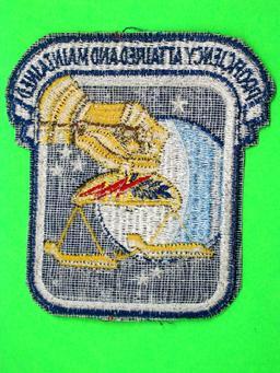 912th AIR REFUELING SQUADRON Flightline Insignia